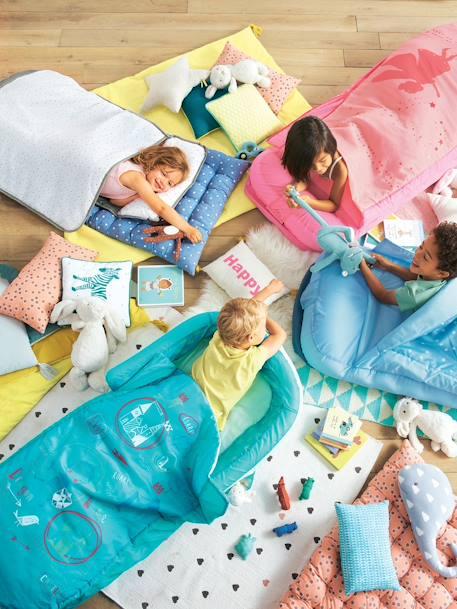 kinder schlafsack mit luftmatratze ritter m bel bettw sche. Black Bedroom Furniture Sets. Home Design Ideas