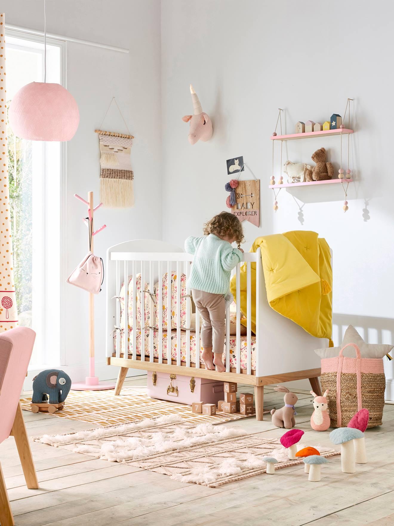 Kinderzimmer Deko Wimpel, Holz Natur/rosa