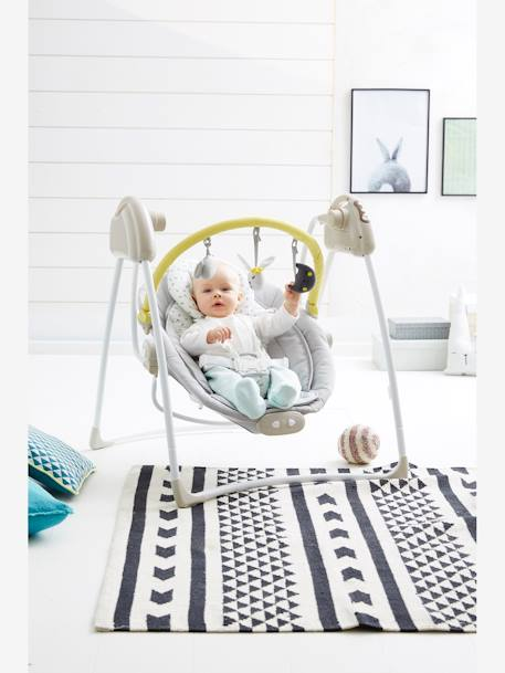 babyschaukel mit spielbogen magicmouv babyartikel. Black Bedroom Furniture Sets. Home Design Ideas